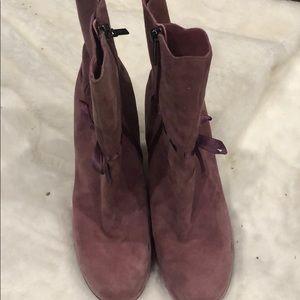 Shoes - Dora Boots